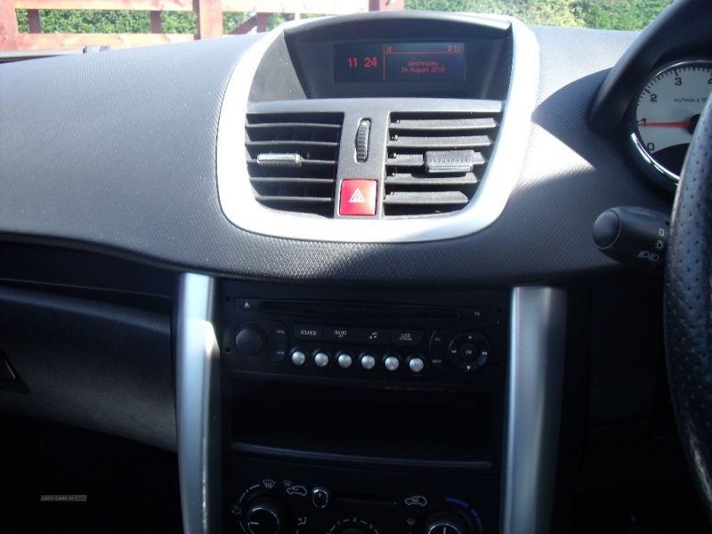 2012 Peugeot 207 1.4 image 7