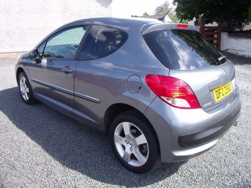 2010 Peugeot 207 1.6 Sport image 3