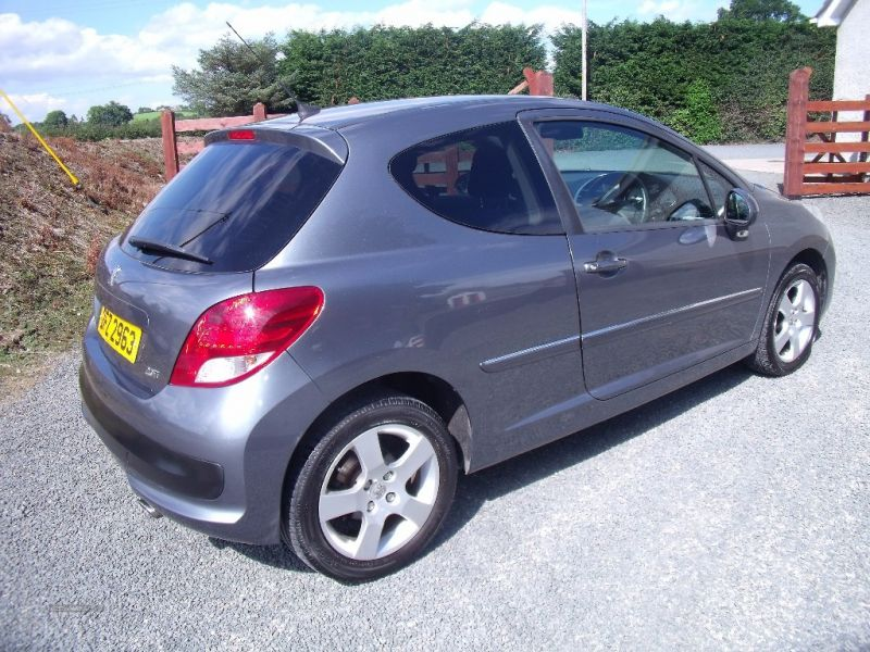 2010 Peugeot 207 1.6 Sport image 4