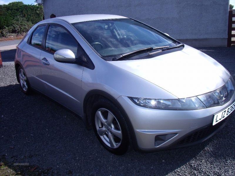 2007 Honda Civic SE I-DSI image 2