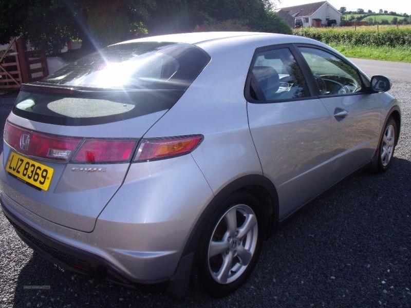 2007 Honda Civic SE I-DSI image 3