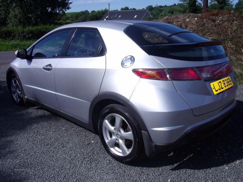 2007 Honda Civic SE I-DSI image 4