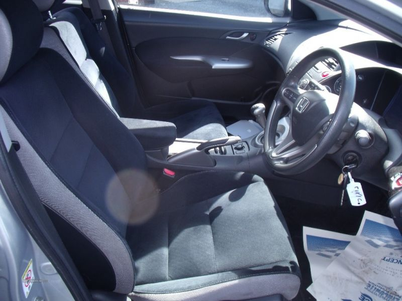 2007 Honda Civic SE I-DSI image 7