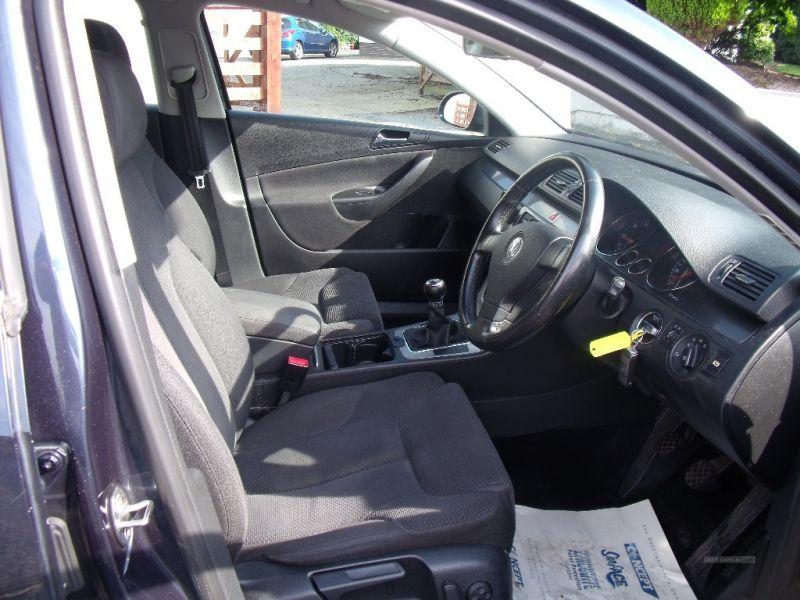 2007 Volkswagen Passat SE TDI image 7