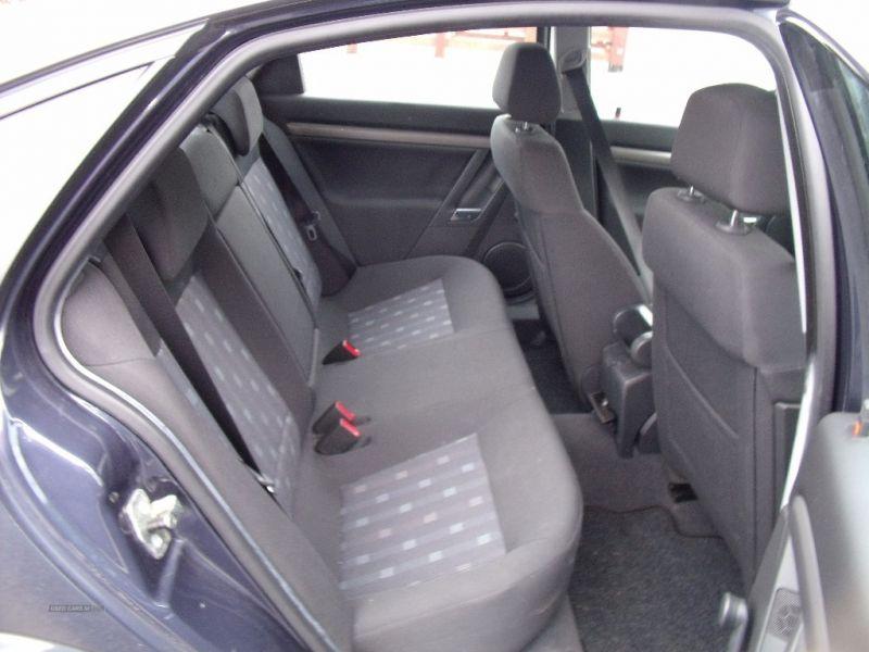 2008 Vauxhall Vectra 1.8 image 6