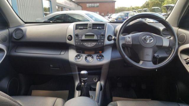 2007 Toyota RAV4 2.2 XT4 D-4D 5d image 7