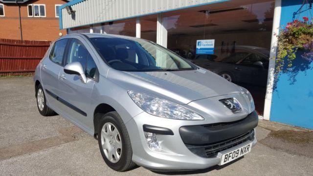 2009 Peugeot 308 1.4 S 5d image 1