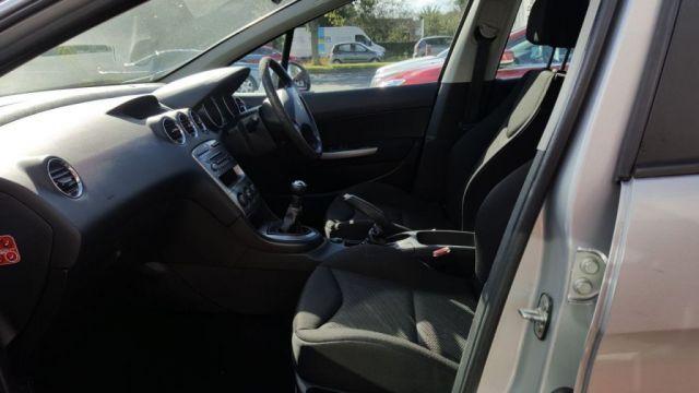 2009 Peugeot 308 1.4 S 5d image 9