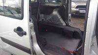 2010 Fiat Doblo 1.4 8V 5dr image 7