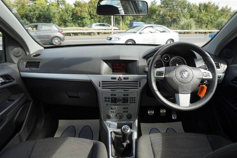 2007 Vauxhall Astra 1.6 SXI 5dr image 9