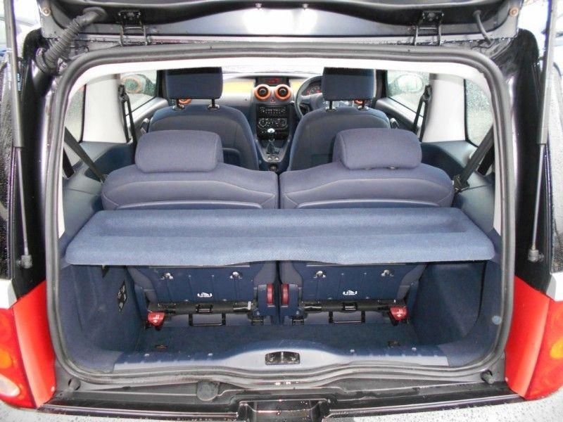 2006 Peugeot 1007 1.4 Dolce 8V image 9
