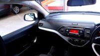 2012 Kia Picanto 1.0 1 5d image 9