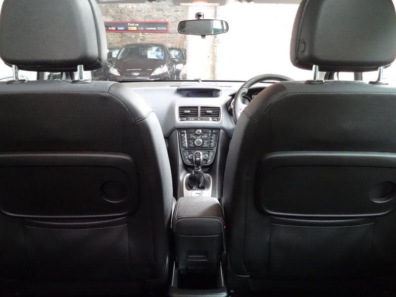 2013 Vauxhall Meriva 1.4 T SE image 9
