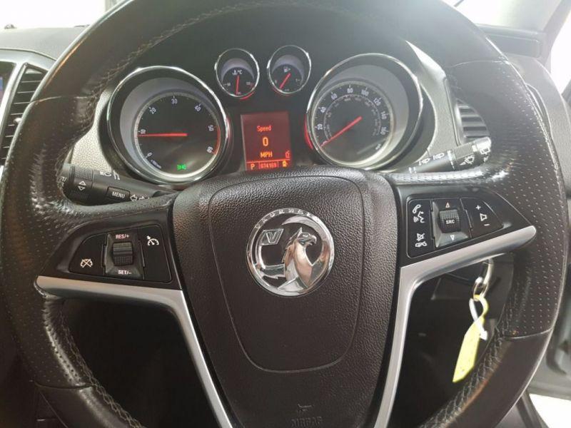 2011 Vauxhall Insignia 2.0 SRI CDTI 5d image 6