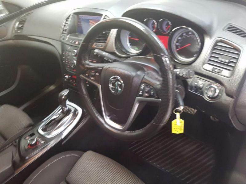 2011 Vauxhall Insignia 2.0 SRI CDTI 5d image 7