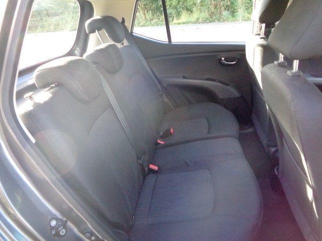2011 Hyundai i10 1.2 Style 5d image 7