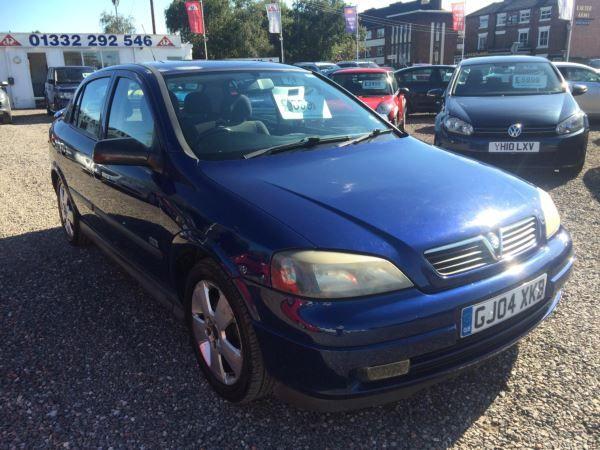 2004 Vauxhall Astra 1.8i 16V SRi 5dr image 1