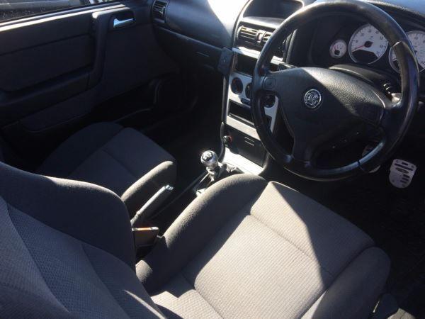 2004 Vauxhall Astra 1.8i 16V SRi 5dr image 8