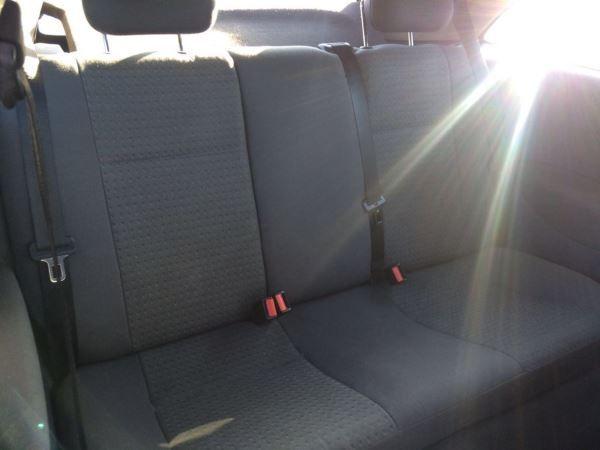 2003 Vauxhall Corsa 1.2i 16V SXi image 5
