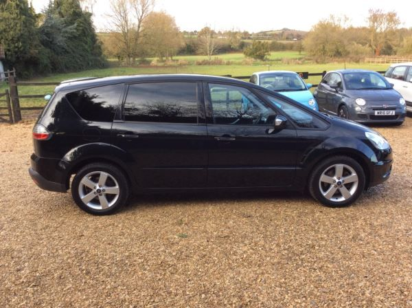 2009 Ford S-MAX 2.0 TDCi 5dr image 5