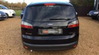 2009 Ford S-MAX 2.0 TDCi 5dr image 4