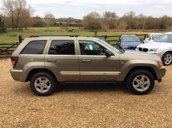 2006 Jeep Grand Cherokee 3.0 CRD 5dr image 3