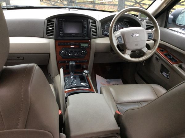 2006 Jeep Grand Cherokee 3.0 CRD 5dr image 8