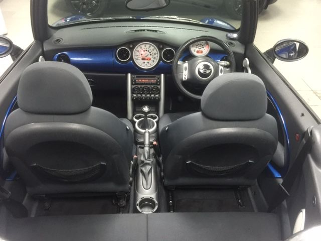 2007 MINI Convertible 1.6I 16V image 8