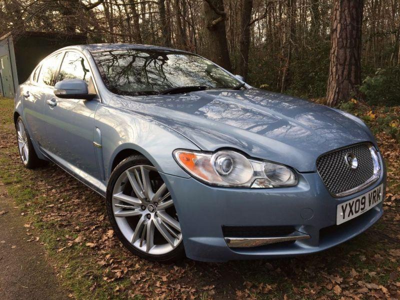 2009 Jaguar XF Premium Luxury V6 image 1