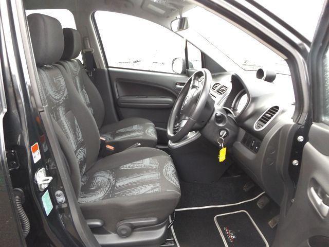 2011 Vauxhall Agila 1.2 SE 5d image 6