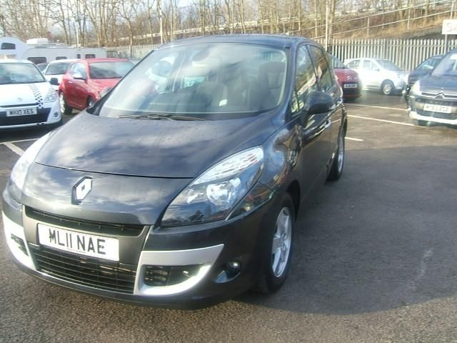 2011 Renault Scenic 1.5 dCi 5dr image 3