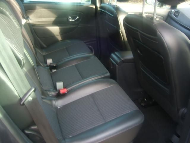 2011 Renault Scenic 1.5 dCi 5dr image 7