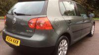 2004 Volkswagen Golf 1.6 SE FSI image 7