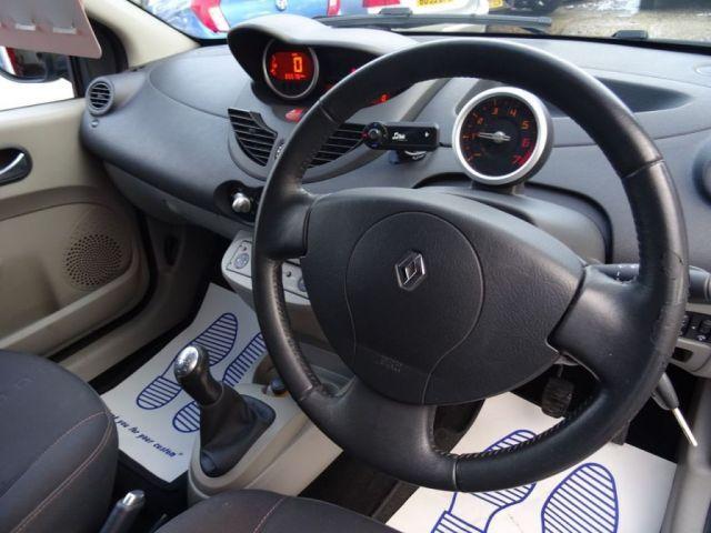 2008 Renault Twingo 1.1 GT 16V 3d image 7