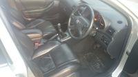 2004 Toyota Avensis 2.0 image 8
