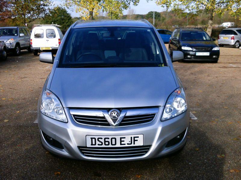 2010 Vauxhall Zafira Design 1.8 16v image 2