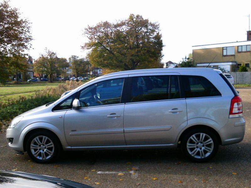 2010 Vauxhall Zafira Design 1.8 16v image 5