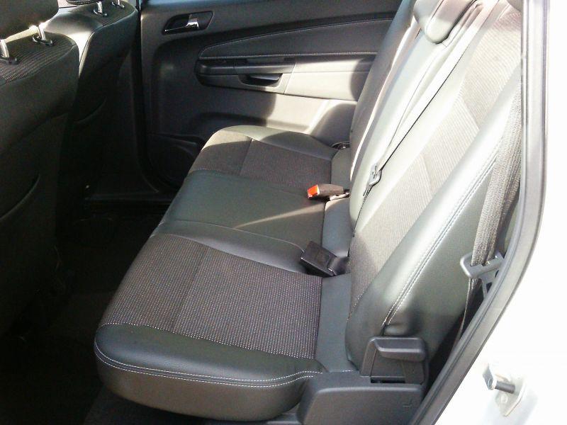 2010 Vauxhall Zafira Design 1.8 16v image 7