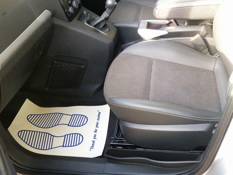 2010 Vauxhall Zafira Design 1.8 16v image 9