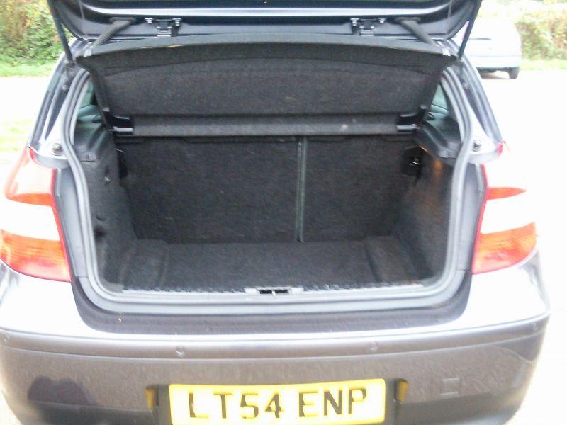 2004 BMW 116 I SE 5dr image 9