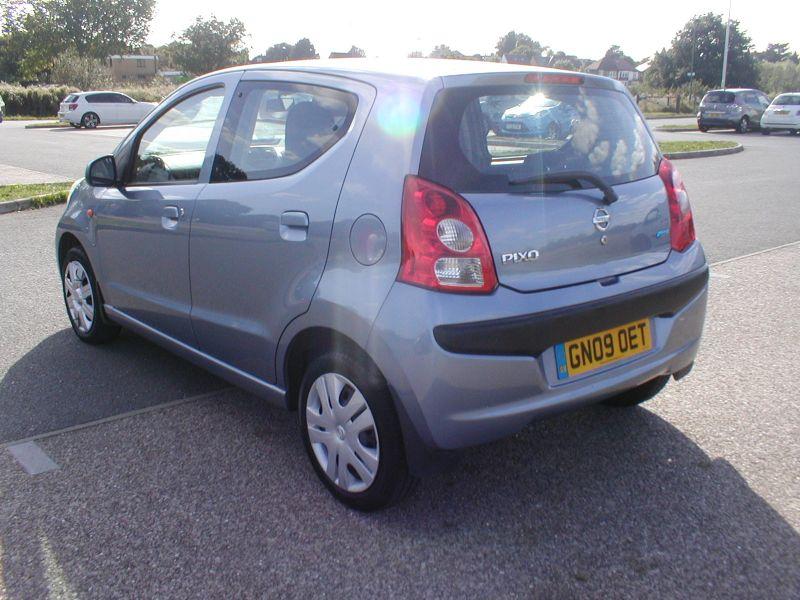 2009 Nissan Pixo 1.0 5dr image 4