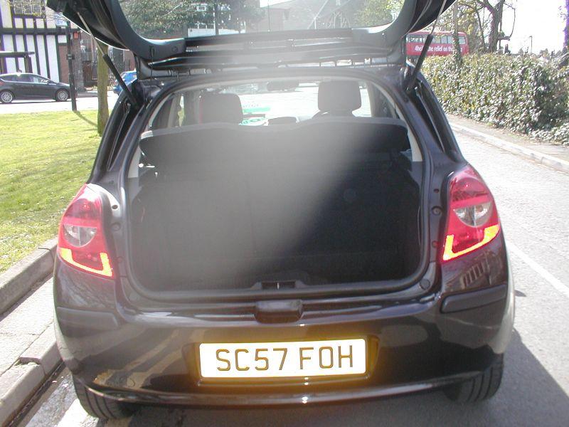 2007 Renault Clio LTD 1.2 16V 5dr image 6