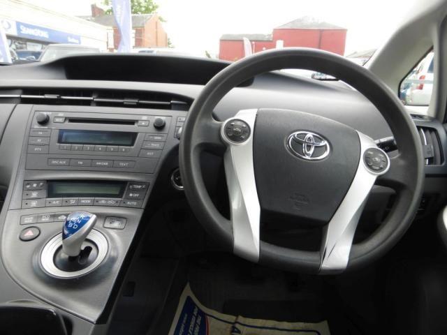 2010 Toyota Prius 1.8 T3 VVT-I 5d image 6