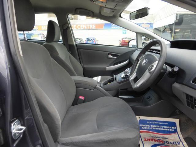 2010 Toyota Prius 1.8 T3 VVT-I 5d image 7