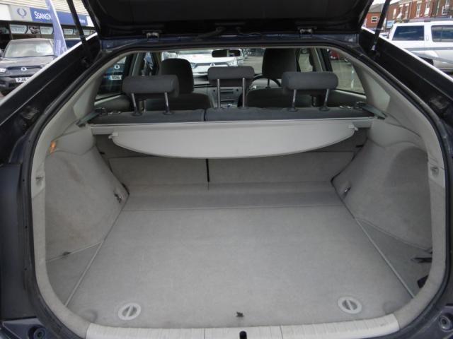 2010 Toyota Prius 1.8 T3 VVT-I 5d image 9