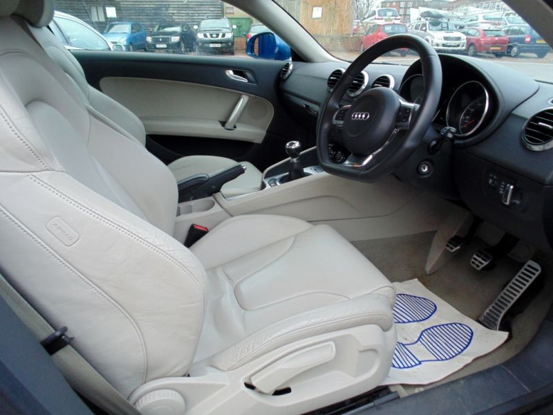 2006 Audi TT 3.2 V6 Quattro 3dr image 5