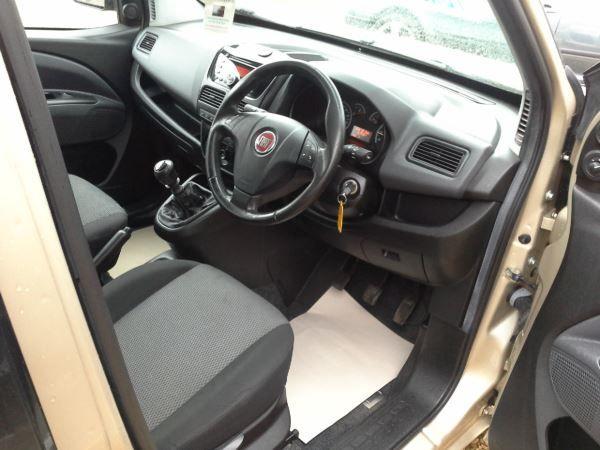 2011 Fiat Doblo 1.6 5dr image 7