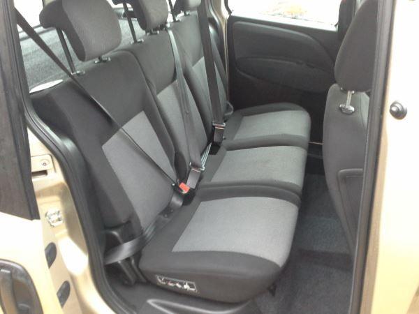 2011 Fiat Doblo 1.6 5dr image 8