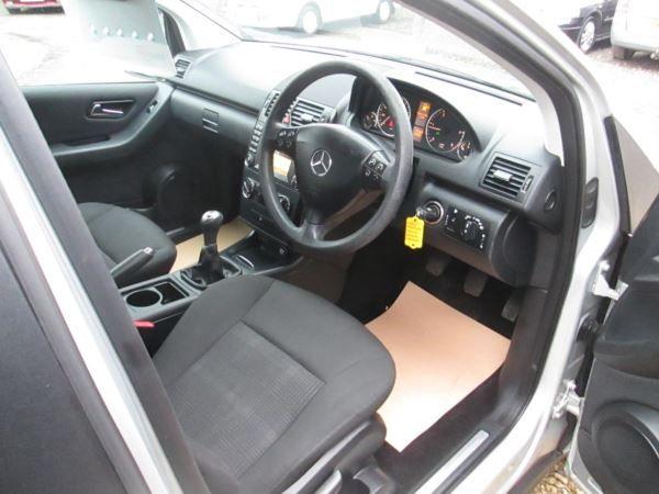 2010 Mercedes-Benz A180 CDI SE 5dr image 7