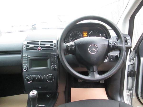 2010 Mercedes-Benz A180 CDI SE 5dr image 9